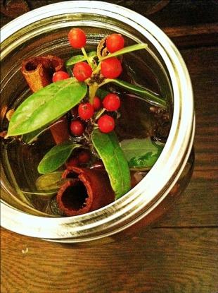 "Natural Air Freshener ""Christmas Notes"" Top View"