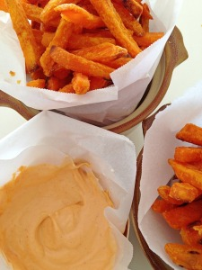 Baked Sweet Potato Fries with Sriracha-Mayo Dip