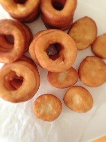 Krispy Kreme Doughnuts Wannabe_out of the pan