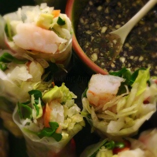 Shrimp Spring Rolls with Dipping Sauce
