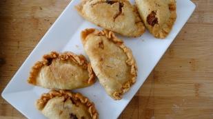 (Chicken) Lechon Paksiw Empanadas