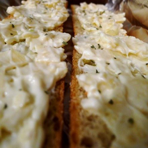 Cheesy Garlic Spread