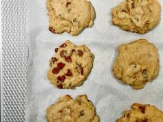 Soft-batched Chocolate Chip Cookies4