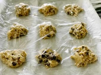 Soft-batched Chocolate Chip Cookies7
